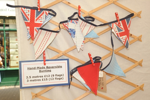 Handmade bunting from Suzebeenbusy