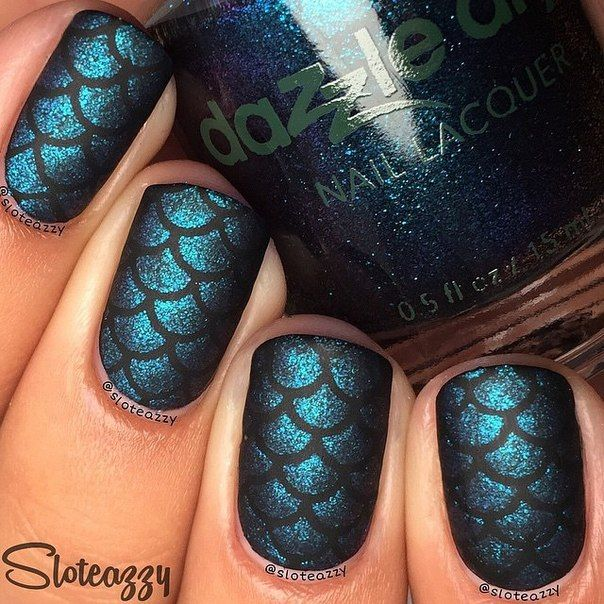 Amazing mermaid nails using scale stencils from whatsupnails.com @whatsupnails Photo credit @sloteazzy