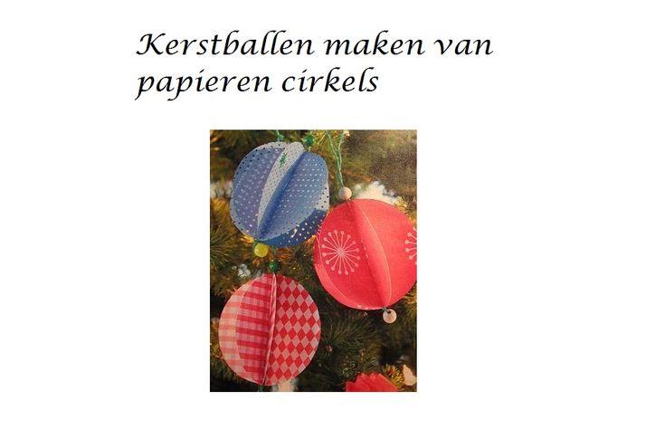 Kerstboom ballen van cirkels maken doe je met gekleurd stevig papier, dun karton of geperforeerd karton, papierlijm, een glas of beker met een