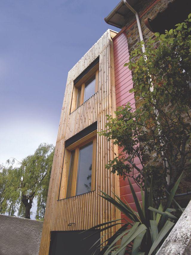 Les 25 meilleures id es de la cat gorie bardage bois for Extension bois 2 niveaux