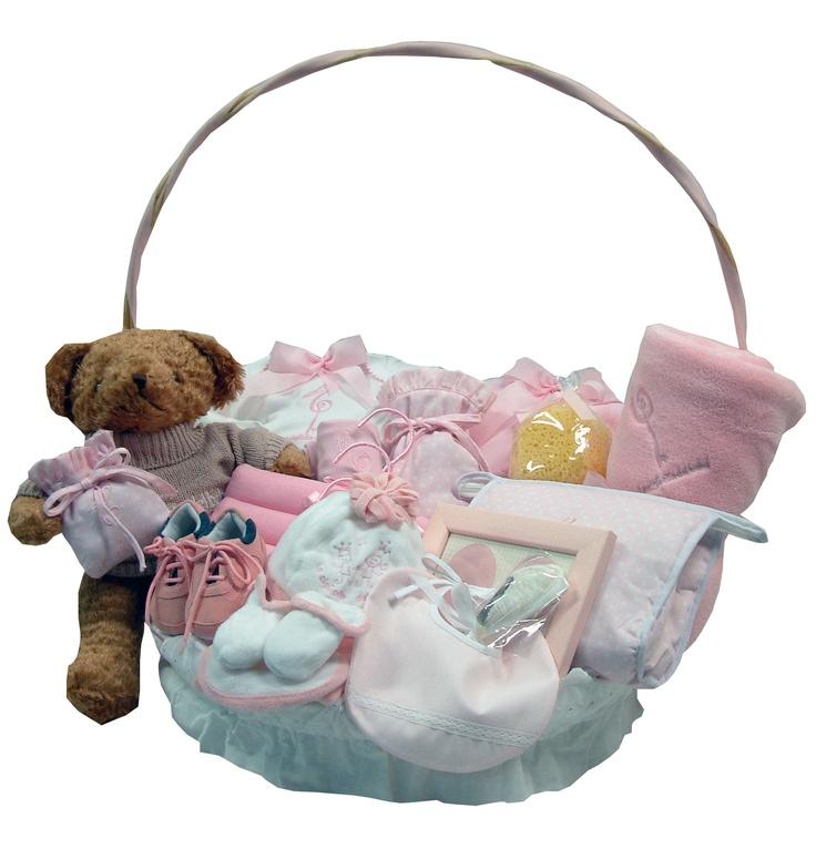 Canastilla rosa, precioso regalo de bebé