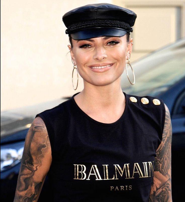 Sophia Thomalla #bestphoto #fashion #udowalz #opening #brand #elbsegler #balmain #tattoo #inked #ink #redcarpet #celebrity #vip #model #fashionmodel #pretty #cute #face #goodmood #smile #likeable #friendly http://tipsrazzi.com/ipost/1519925702147712085/?code=BUX3F-JgCRV
