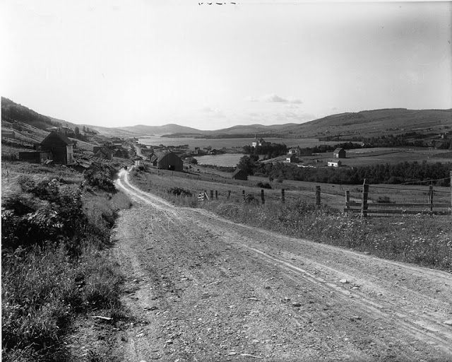 1916: Lac Baker, near Edmundston, New Brunswick - Found via The Passion of Former Days