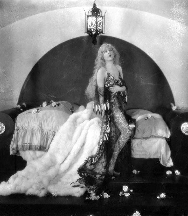 "Mae Murray (1885-1965) in ""The Merry Widow"" (1925, dir. Erich von Stroheim)"