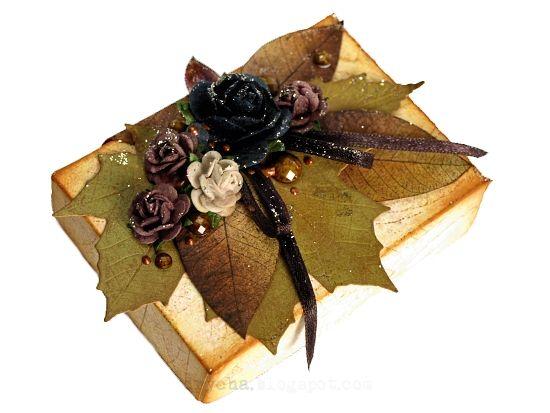 box by Drycha    TES-026 leaf    http://3rdeyecraft.blogspot.com/2012/10/autumn-leaves-shrink-plastic-earrings.html