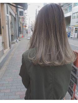 ボワイトグレージュ×グラデーションカラー【guest snap】