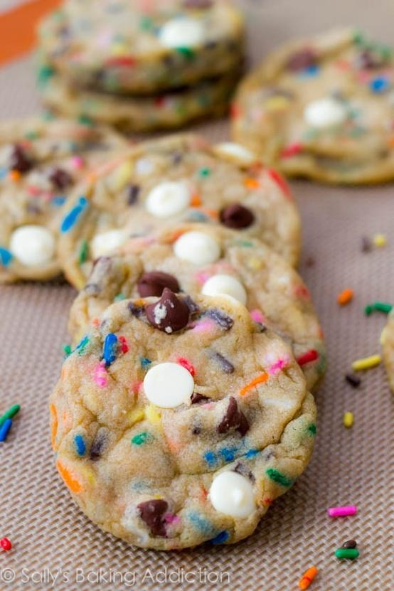 Cake Batter Chocolate Chip Cookies: really think would be great treat for my kid's birthday!