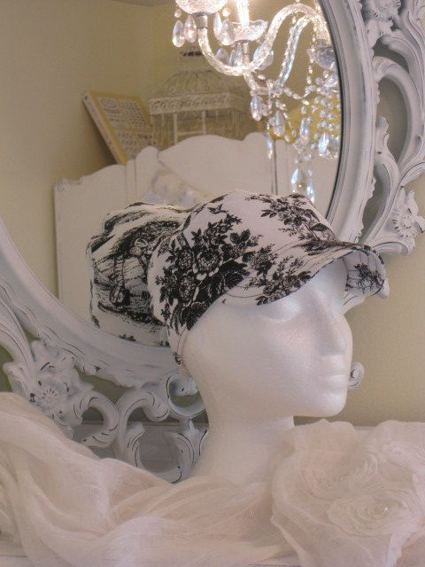 SALE on Classic Ladies Hat in Black and White by BrambleWoodANDivy