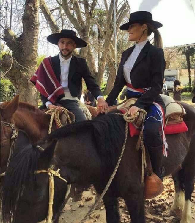 Vestimenta elegante Huasos Chilenos