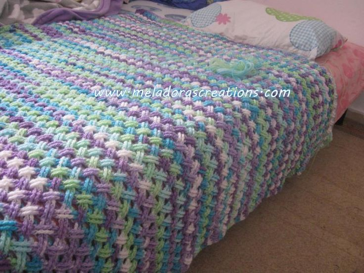 Interweave Cable Stitch - ganchillo «El Hilo Caja La caja de hilo Tutorial - Teresa Restegui http://www.pinterest.com/teretegui/ ✔