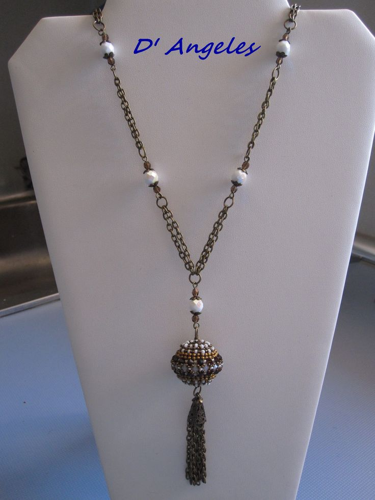 Collar bola luna beads