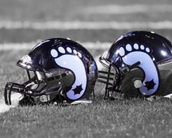 North Carolina Tar Heels Football | North Carolina Tar Heel Photos -  Love these helmets <3