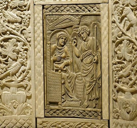 Annunciazione - avorio - Cattedra dell'arcivescovo Massimiano (metà del VI secolo), Ravenna, Museo Arcivescovile