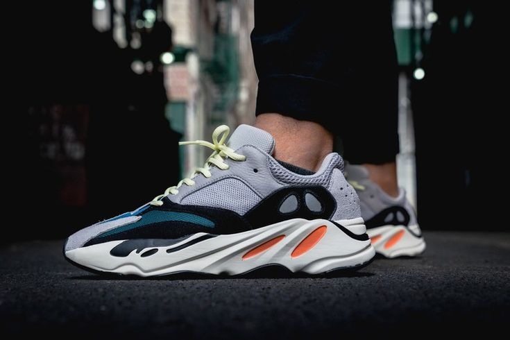 "adidas' YEEZY BOOST 700 OG ""Wave Runner"" Restock Is Now Live (UPDATE)"