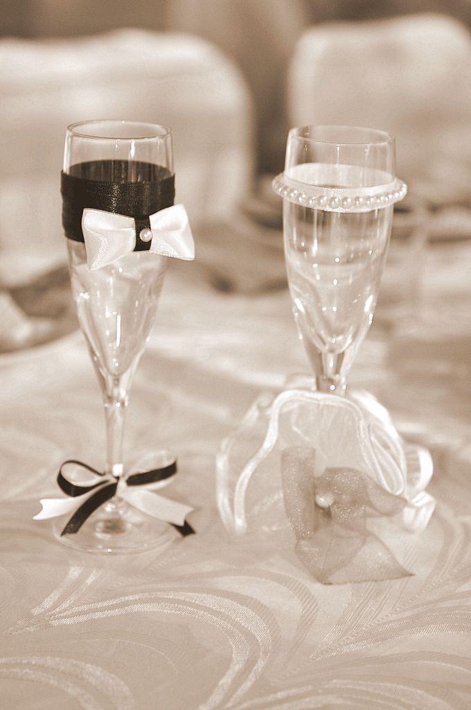 groom & bride glasses