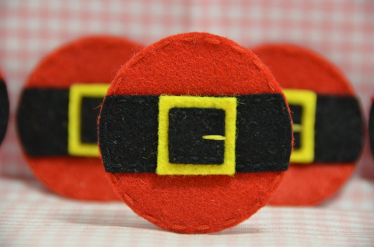 Set of 6pcs handmade felt Santa Belt (FT934). $5.00, via Etsy.