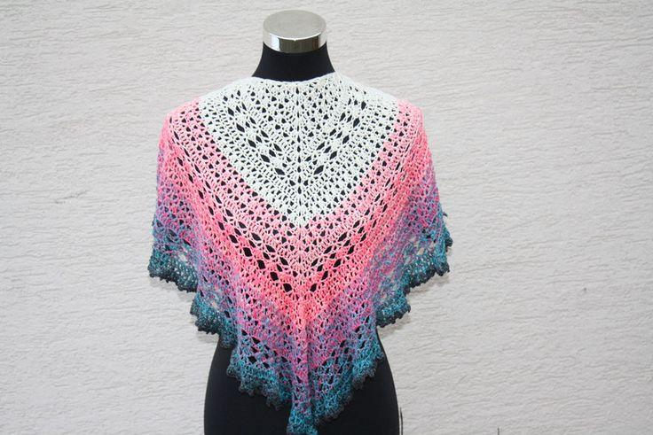 Dreieckstücher - Tuch weiß rosa türkis grau gehäkelt Schal Mode - ein Designerstück von trixies-zauberhafte-Welten bei DaWanda
