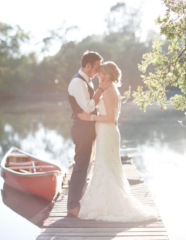 Canoe in - out tradition <3 {Wedding Trends}Elegant Outdoor Wedding Ideas for Autumn 2013
