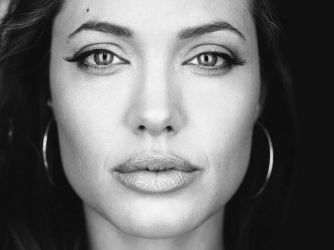Close-up facial shot of Angelina Jolie in a classic black and white look <3 sexiest celebrity pins @ Pinterest.com/Celebs