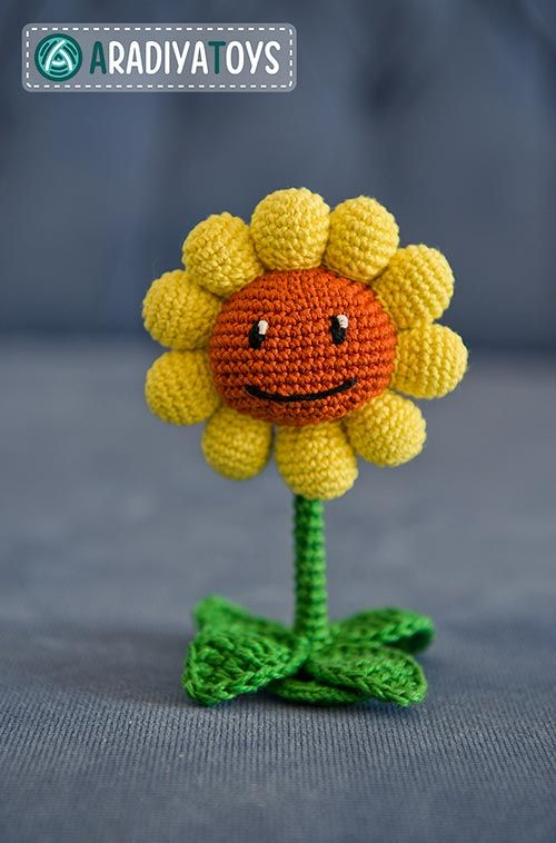 1599 best images about Crochet Leaves and Flowers (Corona ...