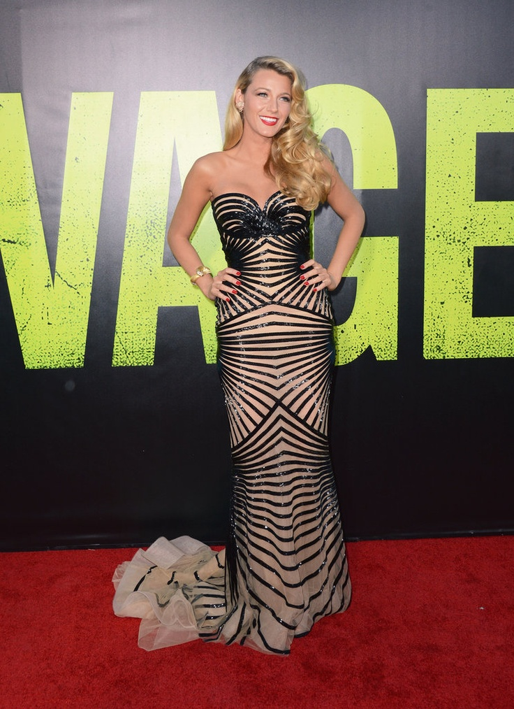 Blake Lively at Savages Premiere...STUNNING