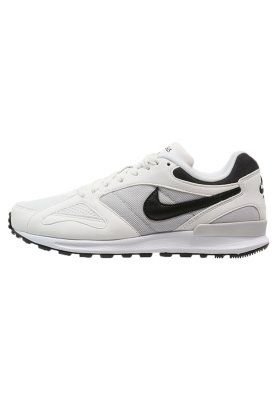 AIR PEGASUS NEW RACER - Joggesko - summit white/black/neutral grey/white.  Nike SportswearPegasusSneakerNeutralSlippersSneakersPlimsoll ...