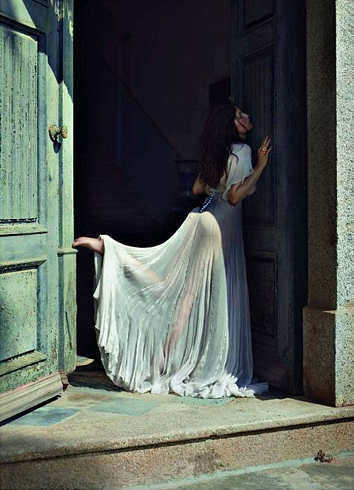 The Age of Innocence. Vogue Paris, Laetitia Casta,  Cédric Buchet