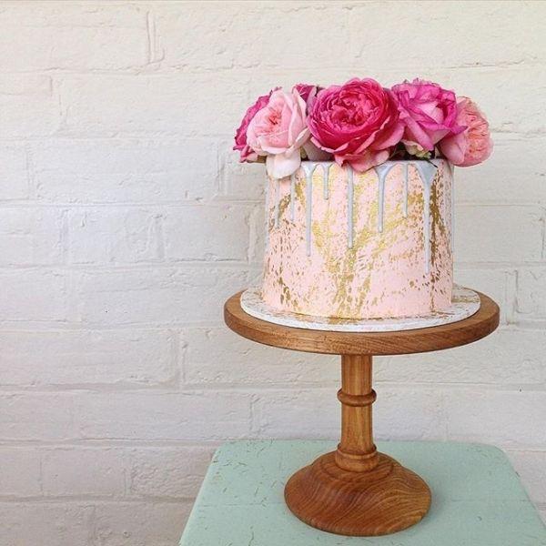 海外で密かなブーム*溶けちゃったみたいなデザインのメルトウェディングケーキ♡結婚式の乙女カラー王道♡ピンクのウェディングケーキまとめ一覧♡