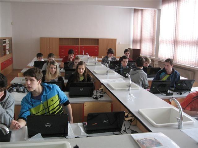 http://spsshavirov-science.webnode.cz/