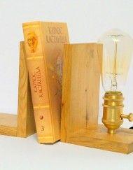 Ретро лампа Эдисона из дерева
