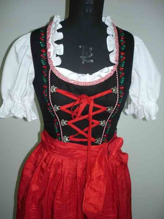 Clothing: This is a traditional Leuderhaisen, women usually wear them to parties or festivals and is usually red or green.