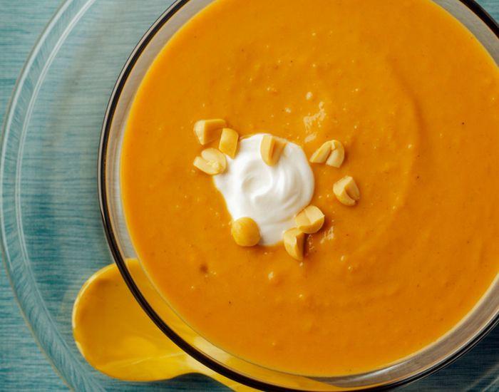 Nyt Ulrika Davidssons fløyelsmyke suppe, med bare 165 kalorier per porsjon.