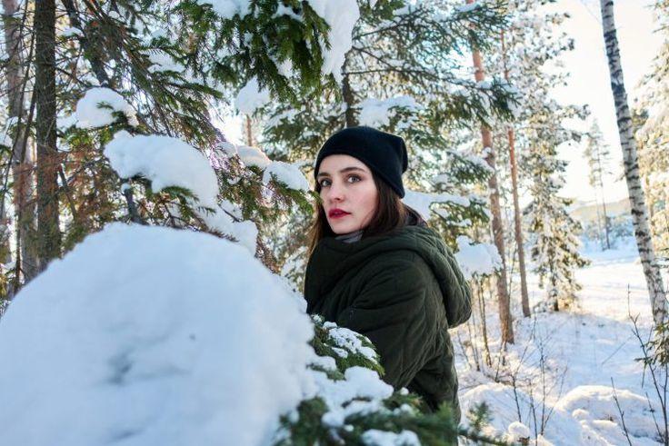 winter wonderland coat Maje// hat COS