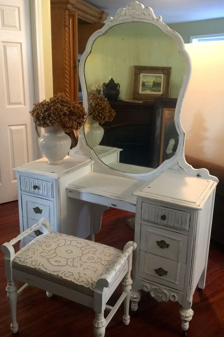 "Vintage 1930""s vanity dresser, mirror and bench set"