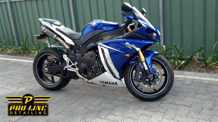 2011 Yamaha YZF R1