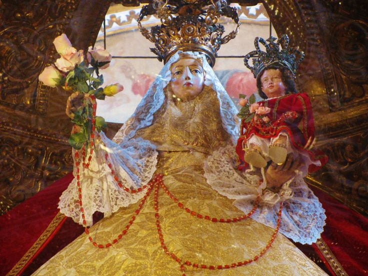 Statue of Our Lady of the Rosary in the famous Rosary Chapel, Santo Domingo Church, city of Puebla. MADONNAS OF MEXICO