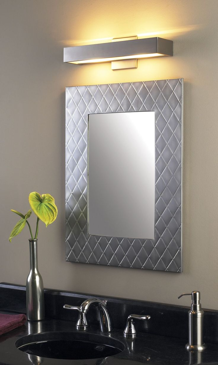 best 25 bathroom lights over mirror ideas on pinterest bathroom lighting fixtures wood. Black Bedroom Furniture Sets. Home Design Ideas