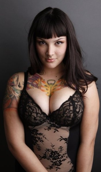 50 best images about fuck yeah chubby on pinterest for Chubby tattooed girls