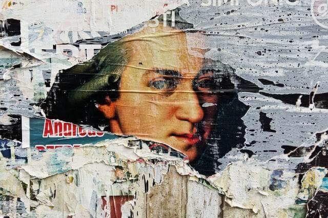 Lucian Muntean – Poveștile zidurilor – fotografie