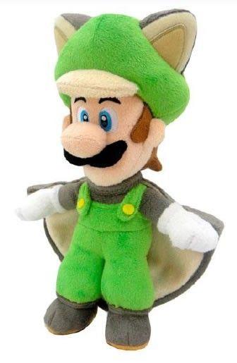 Mario y Luigi son dos hermanos que deben rescatar a la Princesa Peach del Reino Champiñón. Luigi tiene habilidades similares a las de Mario pero el color de su traje y del sombrero son de color verde en lugar de rojo. Al compartir destrezas, ambos pueden convertirse en Ardilla Voladora, estado de Luigi en este bonito peluche del hermano de Mario.