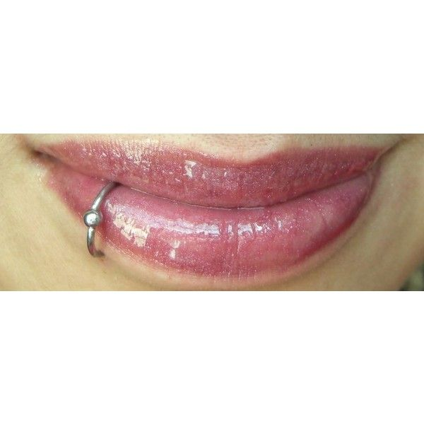Lower Lip piercing ❤ liked on Polyvore featuring piercings, accessories, jewelry, lip ring and lips