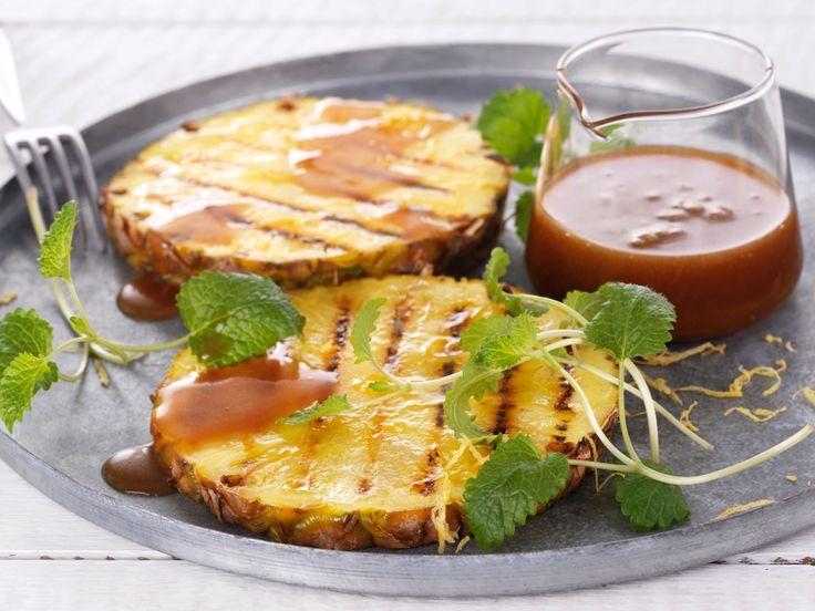 Grillet ananas med sitronkaramellsaus - BREMYKT