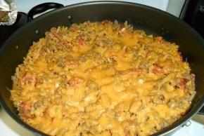 Cheesy Macaroni-Beef Skillet Image 3