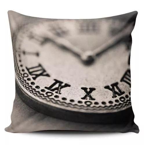 Cojin Decorativo Tayrona Store Reloj Vintage - $ 43.900