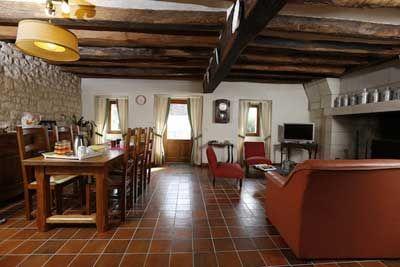 Salon des Chambres d'hôtes à vendre à Restigné en Indre-et-Loire