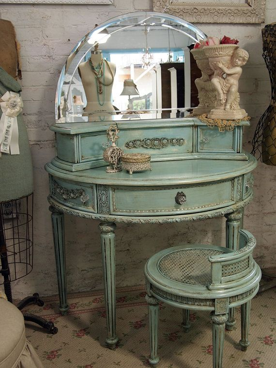 Shabby Chic Vanity that fits well in small spaces, and the color yummy: Mirror, Vanities Tables, Vintage Vanities, Antiques Furniture, Antiques Vanities, Shabby Chic, Colors, Paintings Cottages, Bedrooms