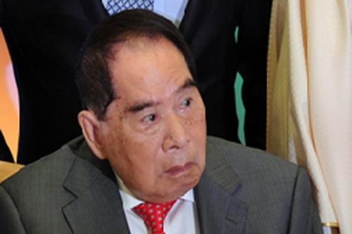 MANILA – There is no better model of a successful self-made billionaire than the richest man in the Philippines, mall magnate Henry Sy Sr. of the SM Group.