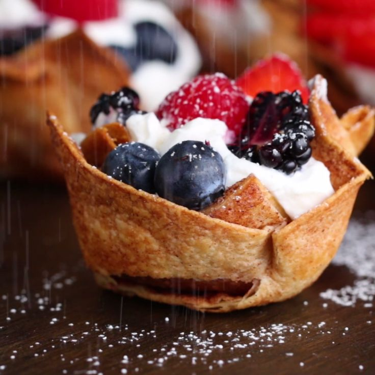 These Tortilla Dessert Cups Are Little Bites Of Perfection Easy Healthy DesertsHealthy Fruit DessertsDiabetic RecipesEgg