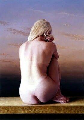 Figura femenina al desnudo arte