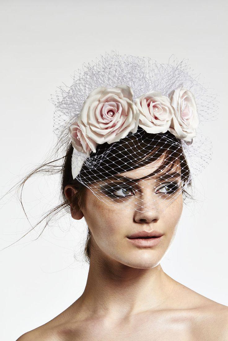 Trendy bridal headpiece - Silk Rosesveilingfashion Hatsbridal Headpiecesbridal